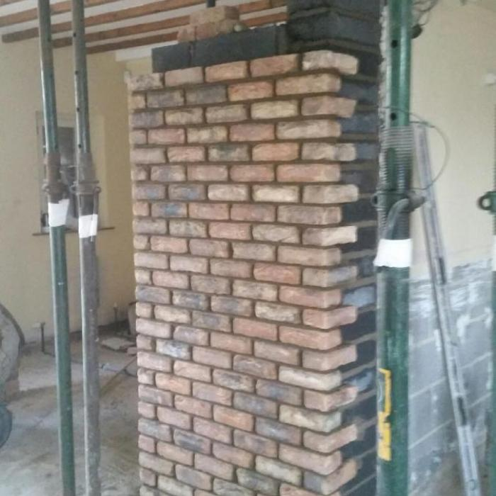 Whilst undertaking an extensive drying project in North Yorkshire our  client wanted to make some structural alterations and a redesign of the  kitchen including building new walls and a fire place. Luckily ofr us  all our staff are tradesmen first and each individually have their own  trade before we train them as remedial technicians, best way in my  opinion. Heres a few photo\\\'s of Alan and his team at work creating  the new 3.8 meter opening from the dining room into the kitchen and the  masonry walls and fireplace were building alongside.