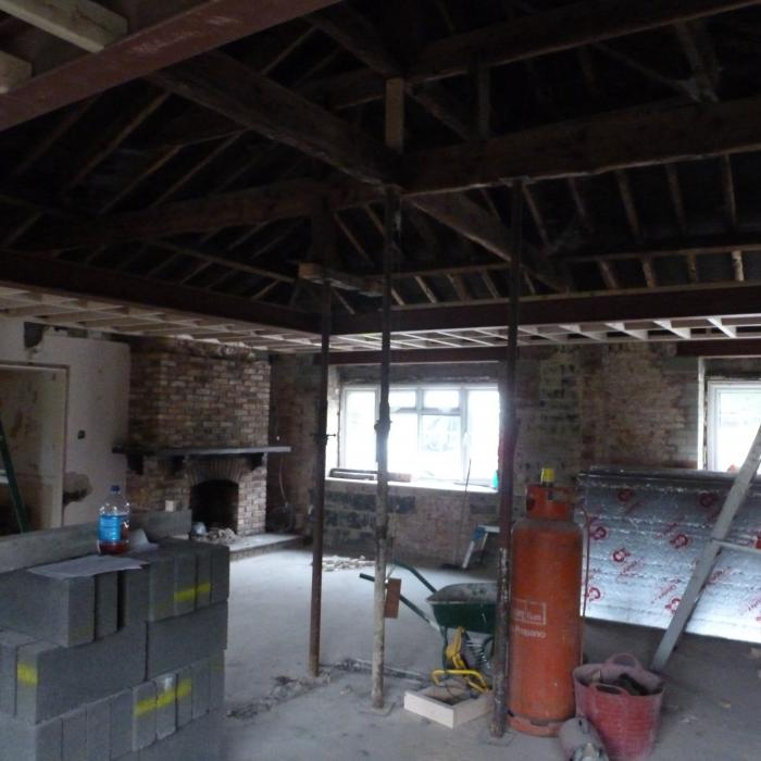 Perimeter ceilings being constructed around the new steel work. 