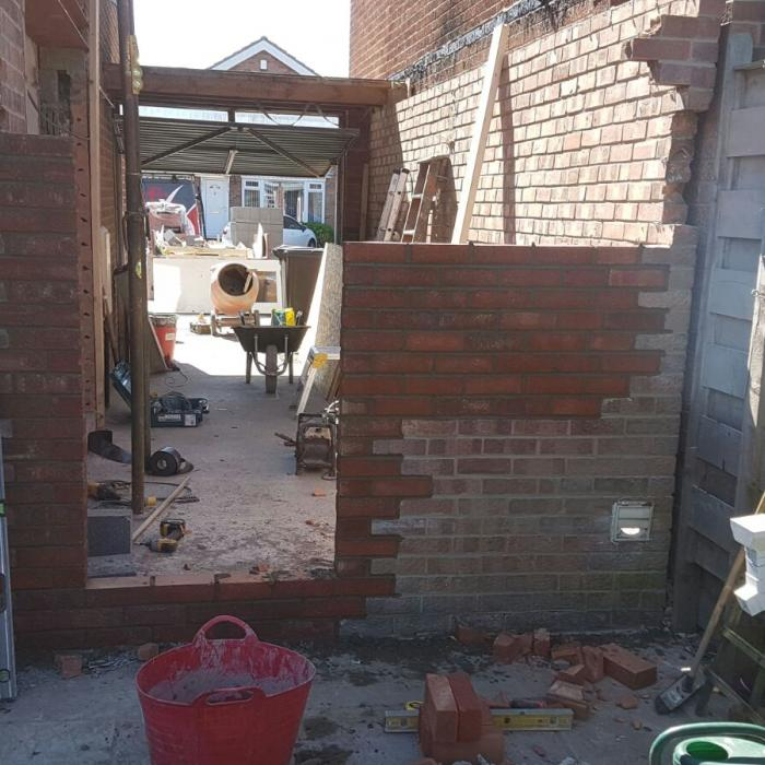 Our top bricklayer Alan has extended this garage following structural alteration and repairs at this York property. Our staff aren\'t just remedial technicians, they\'re top tradesmen too!